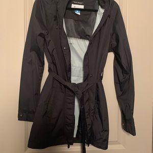 Women's Columbia size M trench rain jacket